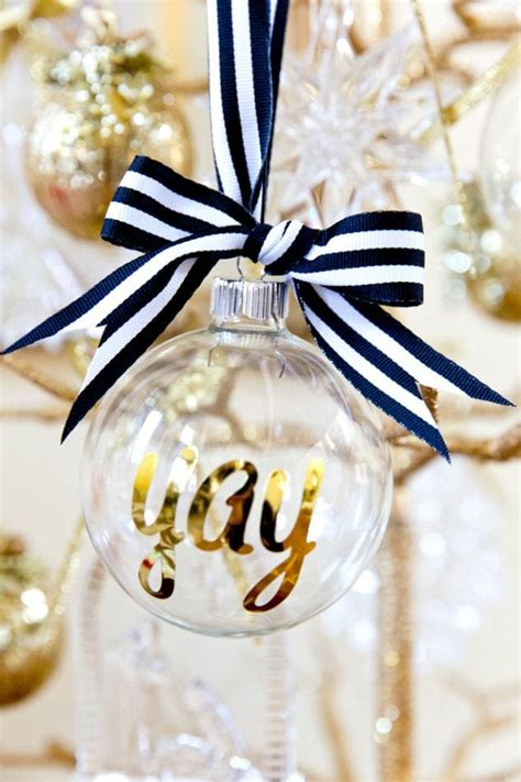 Diy-Personalized-Ornaments