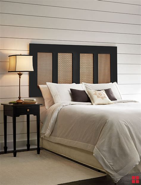 Diy-Photo-Headboard