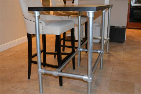 Diy-Pipe-Counter-Height-Table