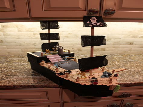 Diy-Pirate-Box