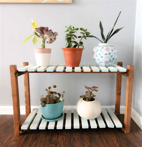 Diy-Plant-Stand-Table