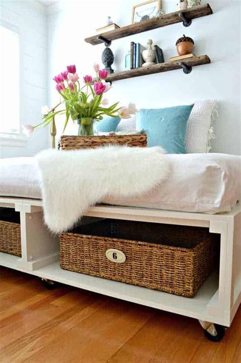 Diy-Platform-Bed-With-Storage-For-Baskets