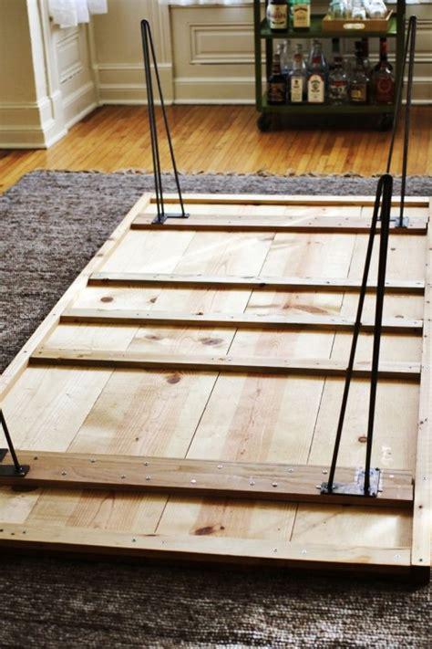 Diy-Plywood-Table-Hairpin-Legs