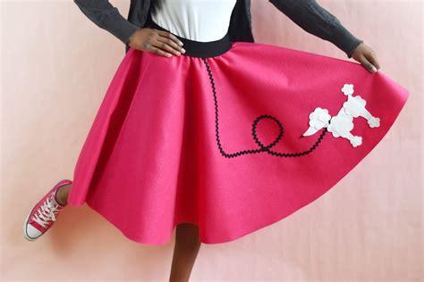Diy-Poodle-Skirt