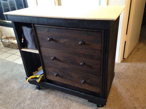 Diy-Portable-Apartment-Workbench