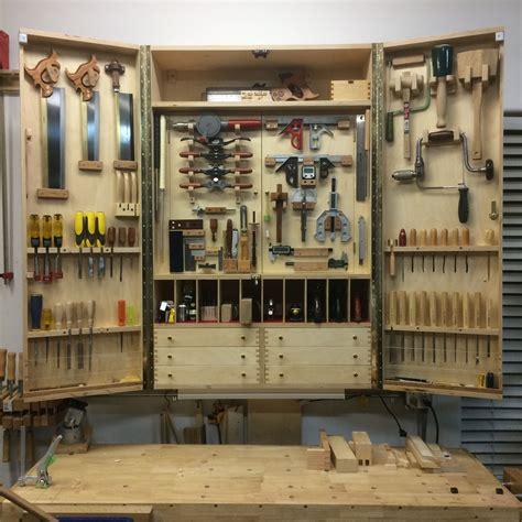 Diy-Portable-Hand-Tool-Cabinet