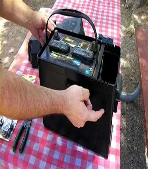 Diy-Portable-Off-Grid-Battery-Box