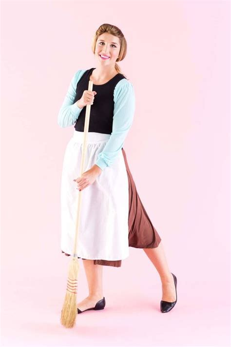 Diy-Princess-Costume-For-Adults