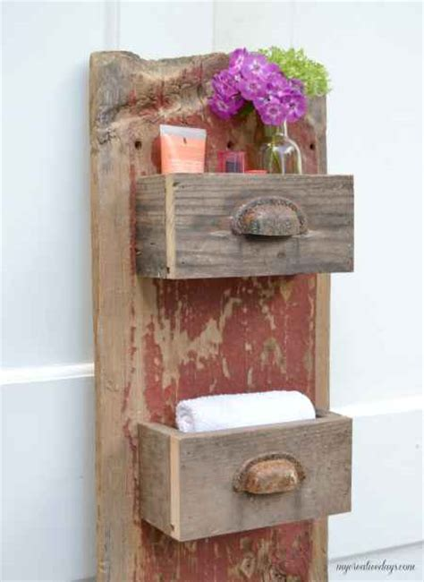 Diy-Projects-Using-Old-Barn-Wood