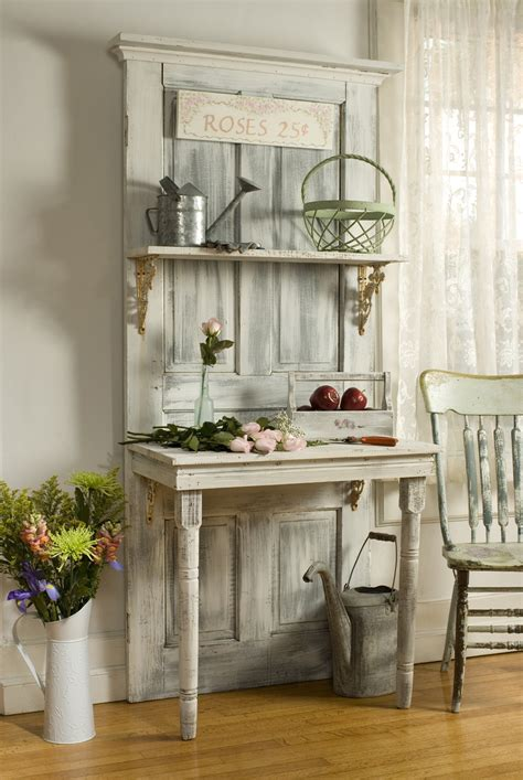 Diy-Projects-With-Old-Wooden-Doors