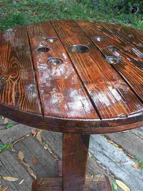 Diy-Pub-Table-Repurposed-Furniture