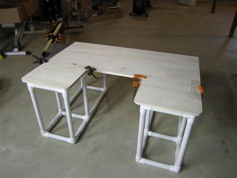 Diy-Pvc-Pipe-Desk