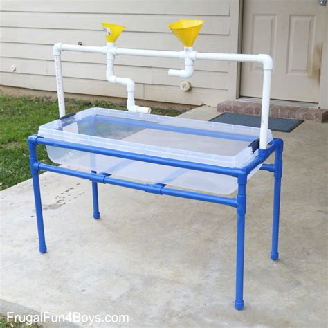 Diy-Pvc-Pipe-Water-Table