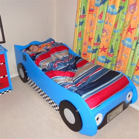 Diy-Race-Car-Bed