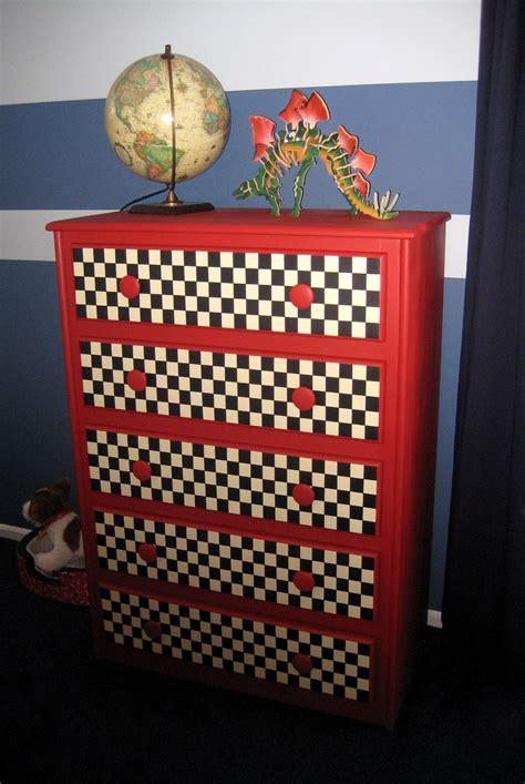 Diy-Race-Car-Dresser