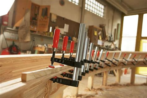 Diy-Radial-Arm-Saw-Table-Screw-Clamps