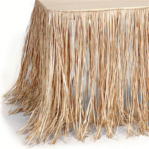 Diy-Raffia-Table-Skirt