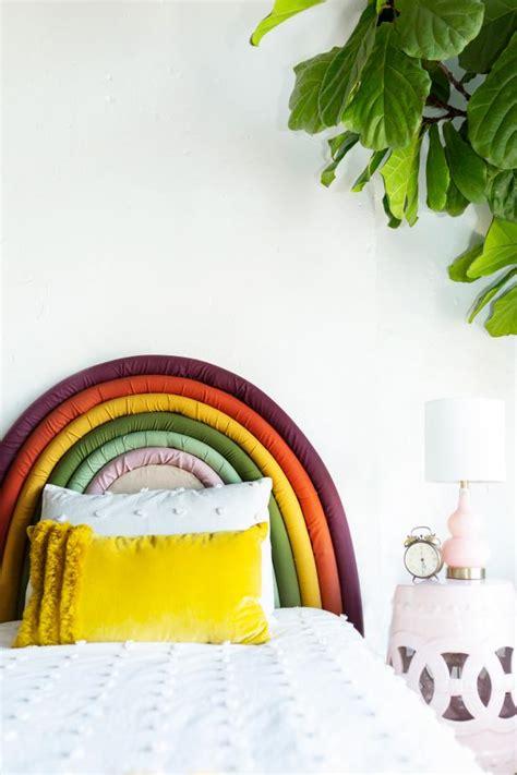 Diy-Rainbow-Headboard