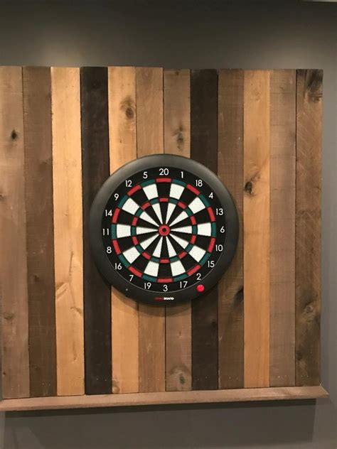 Diy-Reclaimed-Wood-Dartboard