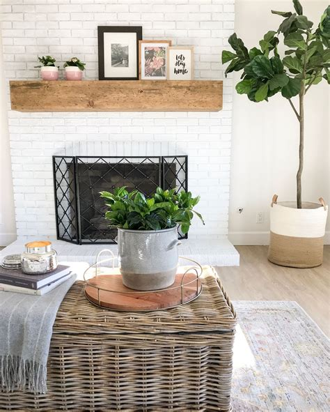 Diy-Reclaimed-Wood-Fireplace-Mantel