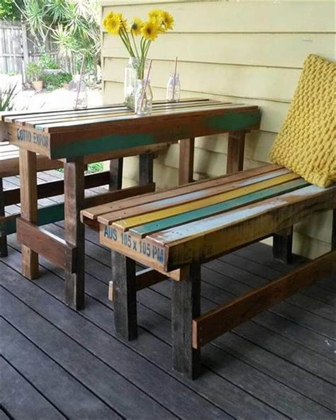 Diy-Recycled-Patio-Table-Cheap