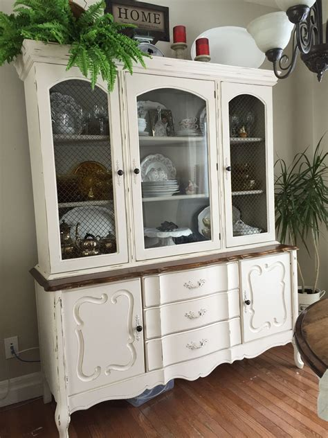 Diy-Refinish-China-Cabinet