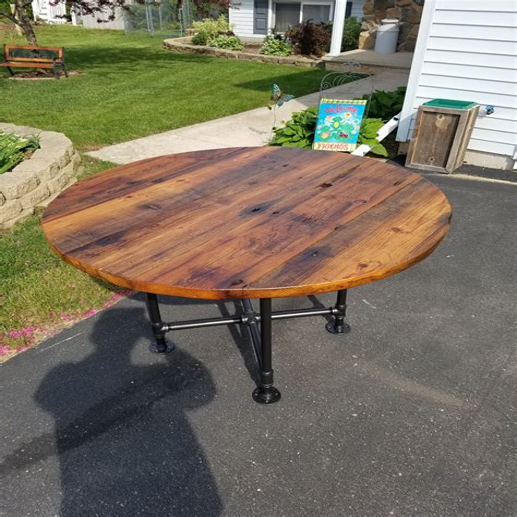 Diy-Refurbished-Round-Dining-Table