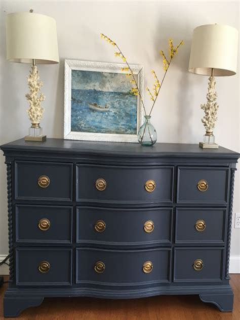 Diy-Repaint-A-Dresser