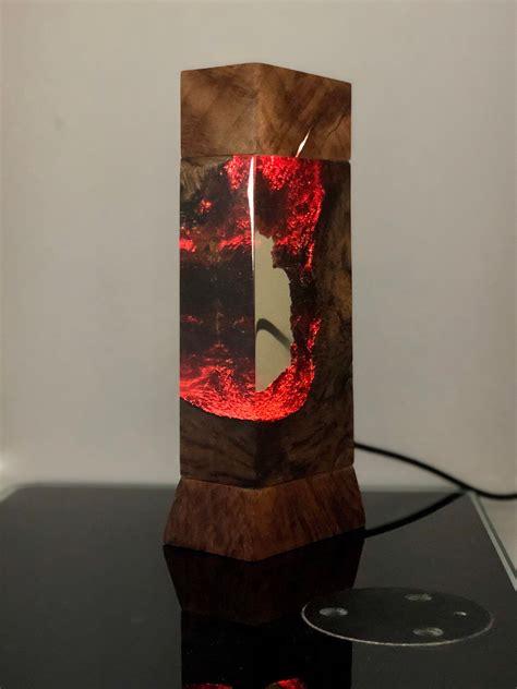 Diy-Resing-And-Wood-Lamp