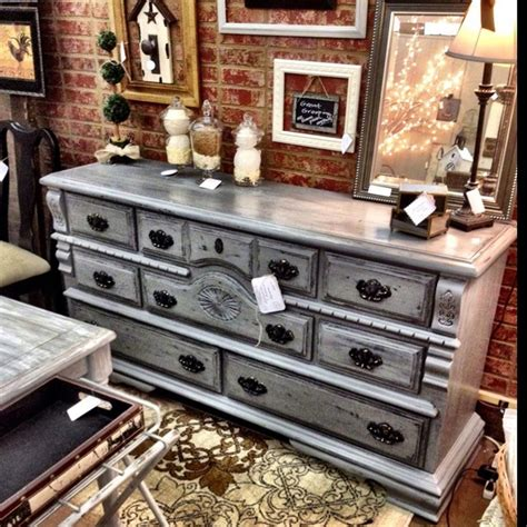 Diy-Resurface-Dresser-To-Distressed-Gray
