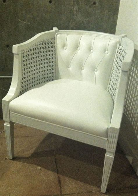 Diy-Reupholster-Barrel-Chair