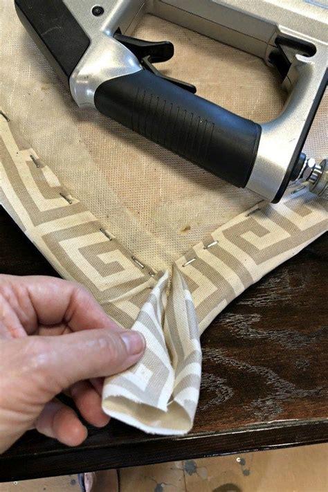 Diy-Reupolster-A-Chair-Custhion