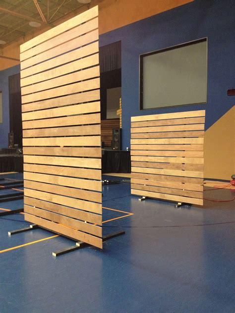 Diy-Room-Divider-Wood-Panel
