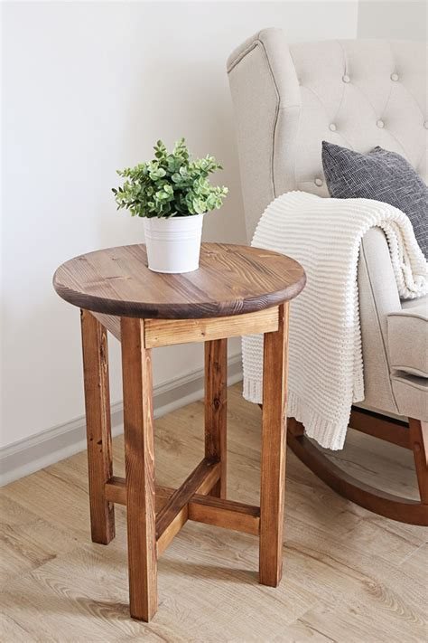 Diy-Round-End-Table-Plans