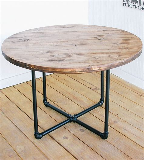 Diy-Round-Outdoor-Coffee-Table