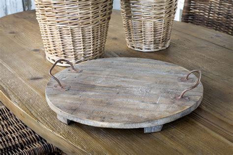 Diy-Round-Wooden-Serving-Tray