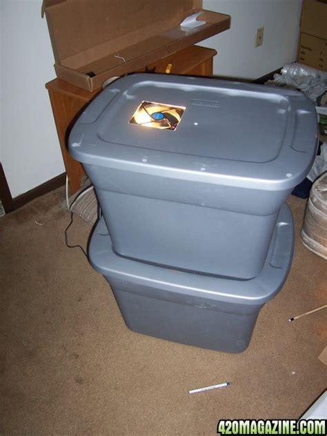 Diy-Rubbermaid-Stealth-Grow-Box
