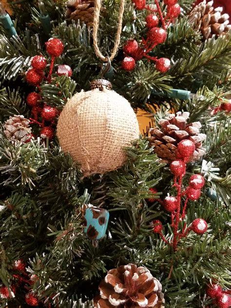 Diy-Rustic-Christmas-Tree-Decorations