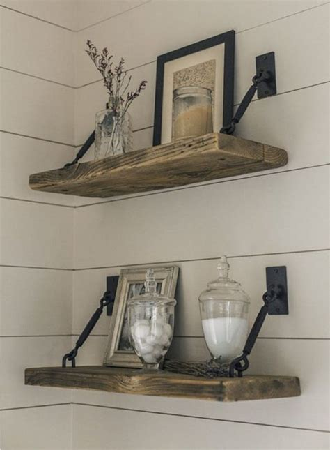 Diy-Rustic-Farmhouse-Shelves