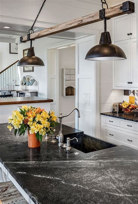 Diy-Rustic-Kitchen-Island-Lighting