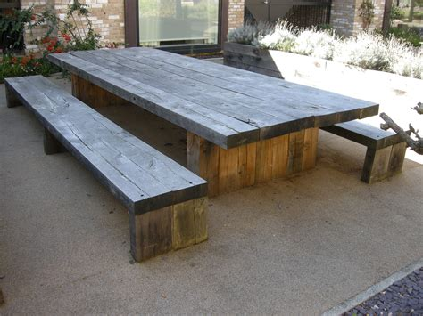 Diy-Rustic-Picnic-Table