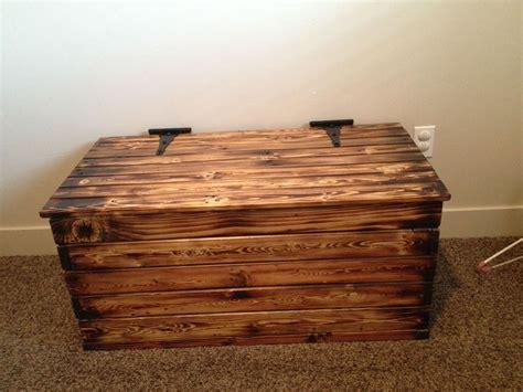Diy-Rustic-Toy-Box