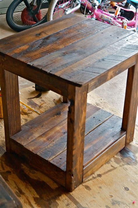 Diy-Rustic-Wood-End-Table