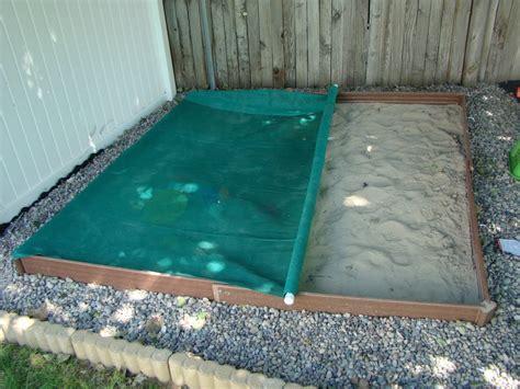 Diy-Sandbox-Cover-With-Tarp