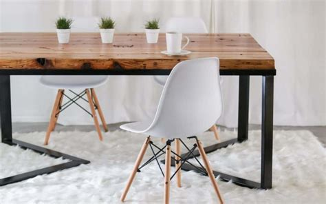 Diy-Scandinavian-Dining-Table