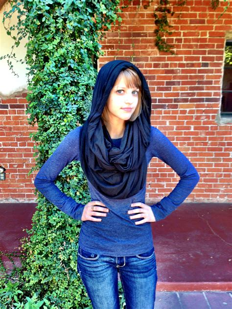 Diy-Scarf-From-Sweater