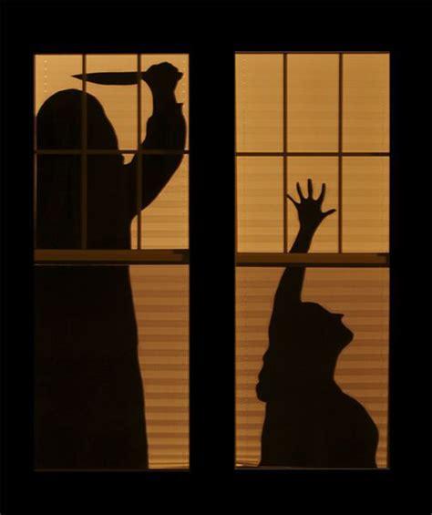 Diy-Scary-Halloween-Window-Silhouettes