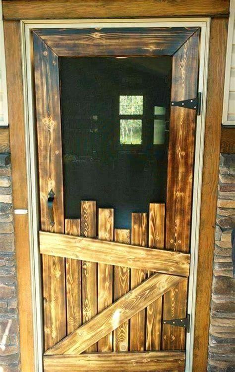 Diy-Screen-Door-From-Pallets