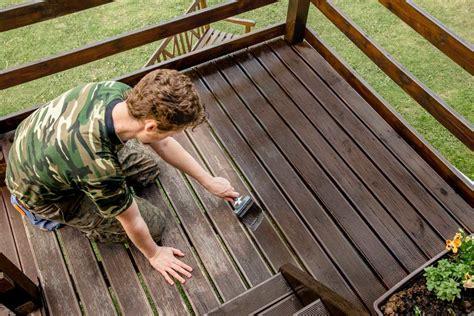 Diy-Sealing-Wood-For-Outdoor