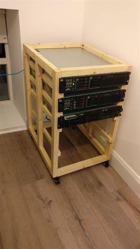 Diy-Server-Rack-Shelves